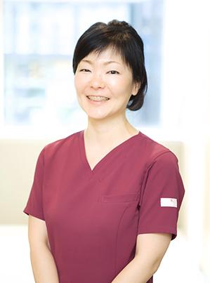 歯科医師 富岡 朝夏